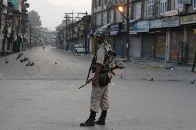 کشمیر میں کرفیو کا 15 واں روز، جنت نظیر خطے میں جہنم دہکنے لگا