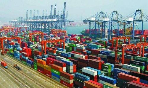 چین کی غیرملکی تجارت نئی تاریخی بلندی پر پہنچنے سے عالمی معیشت استحکام کے راستے پر، سی آر آئی کا تبصرہ