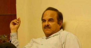 وزیراعظم کے معاون خصوصی نعیم الحق انتقال کرگئے