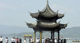 چین کے قومی دن کے موقع پر سیاحوں کی تعداد تقریباً دس کروڑ رہی