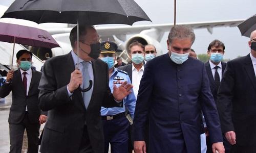روس کے وزیر خارجہ سرگئ لاوروف وفد کے ہمراہ دو روزہ دورے پر پاکستان پہنچ گئے