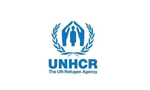 پاکستان نے ویکسینیشن کے مرحلے میں افغان مہاجرین کو شامل کرکے مثبت اقدام اٹھایا ہے۔ یو این ایچ سی آر