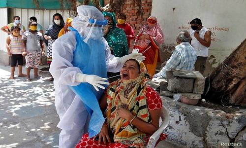 بھارت میں کووڈ۔۱۹کے متاثرہ مریضوں کی تعداد میں بتدریج اضافہ جاری