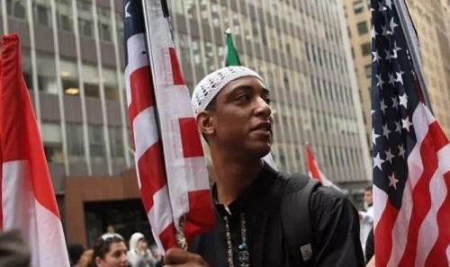 نظامی امتیاز کا شکار امریکی مسلمان