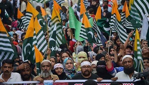 ملک بھر میں آج یومِ استحصالِ کشمیر منایا جارہا ہے