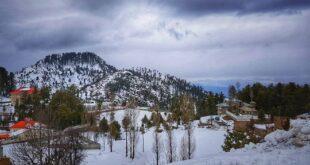 مالم جبہ میں موسم سرما کی پہلی برفباری سے درجہ حرارت نقطہ انجماد سے گر گیا